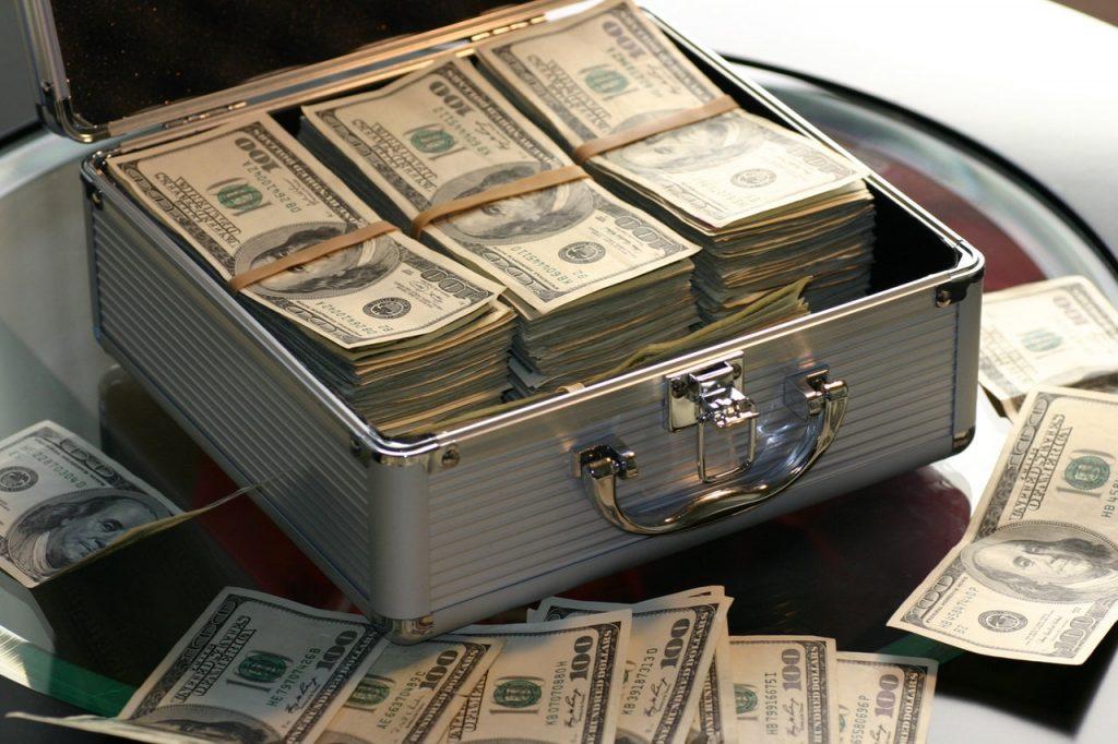 Como Ganhar Dinheiro Extra, por Sacha Matias