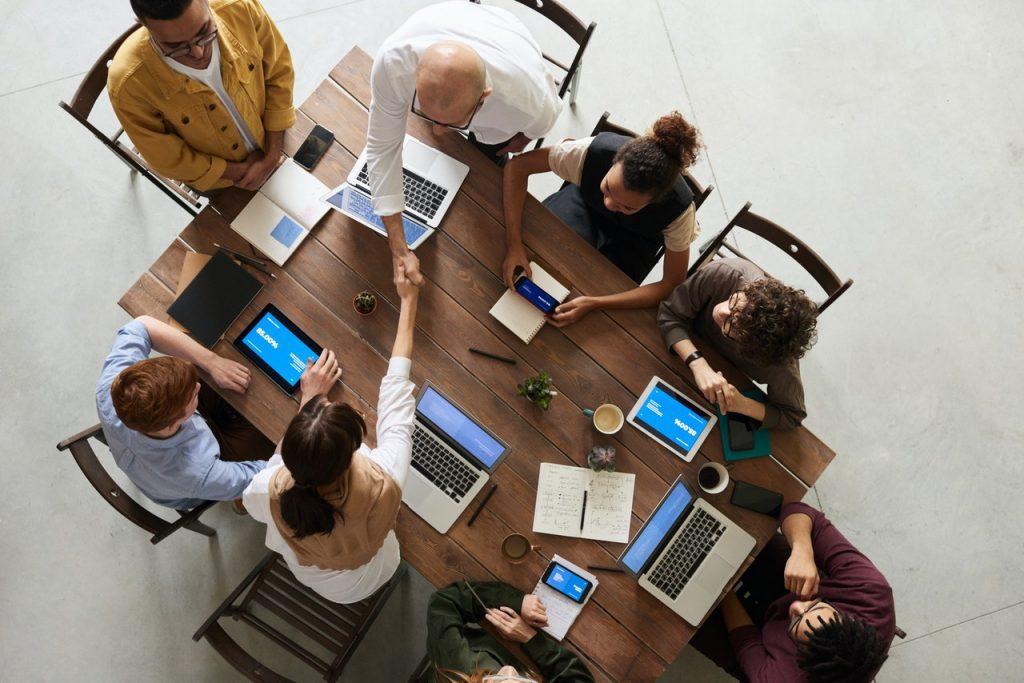 Recrutamento Eficaz? Os 5 Passos Incríveis, por Sacha Matias e Dr. Performance for Business